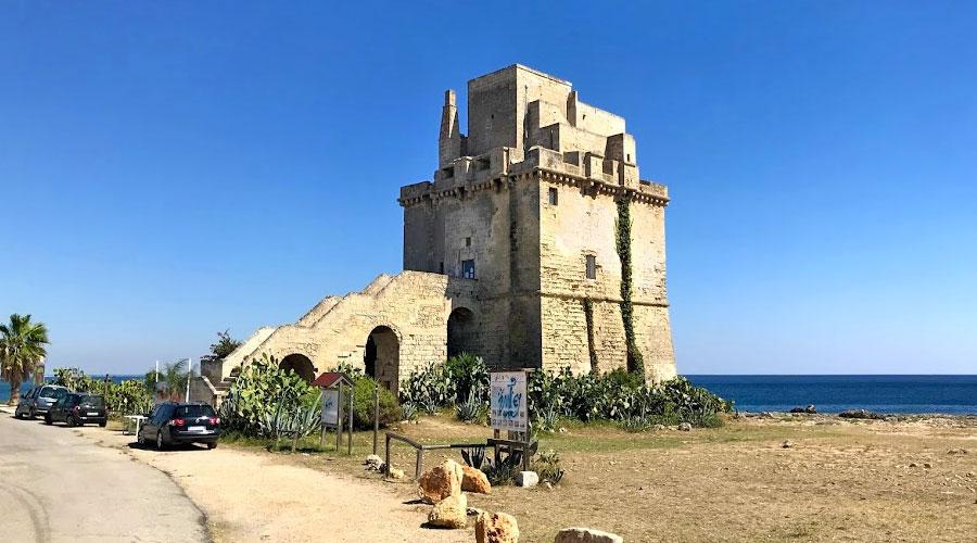 La Torre Colimena a nord di Punta Prosciutto